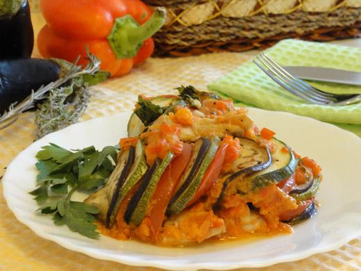 Рататуй с овощами и куриным филе